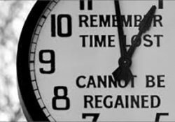 Clock that represents the time we wasted because we don't have self discipline