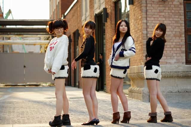 Four Chinese Girls Posing In Shanghai