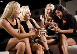 Girls Drinking In New Orleans Nightlife