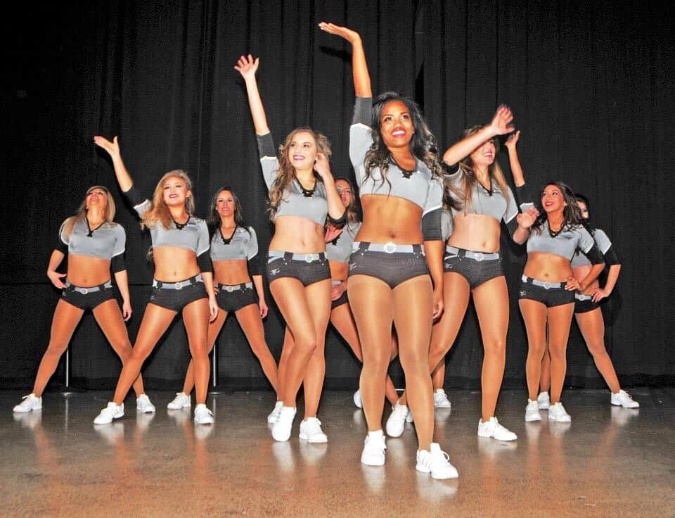 Hot Ice GIrls Performing In San Antonio